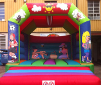 Summer chaos adult size bouncy castle